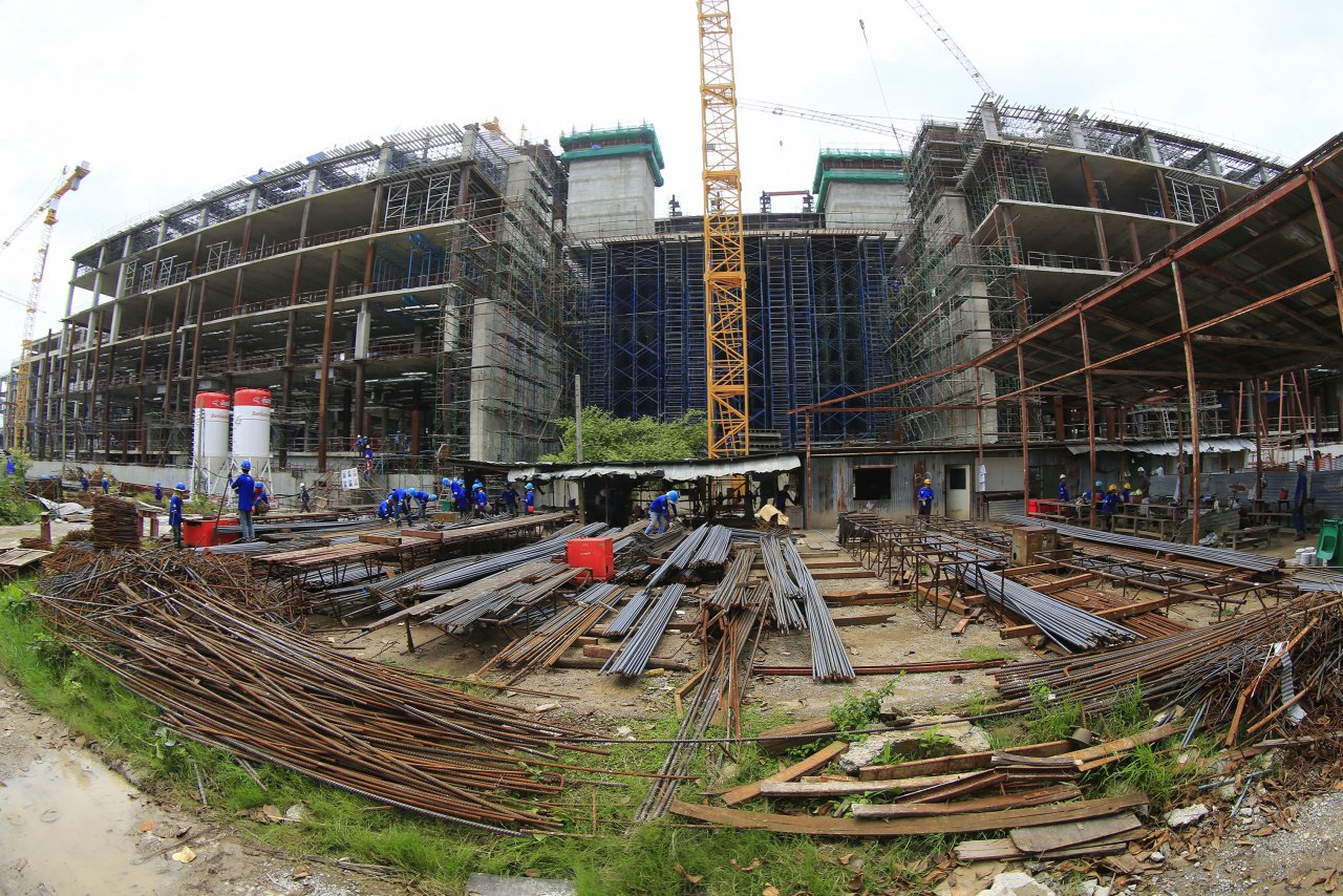 Les travaux de construction du nouveau Parlement thaïlandais