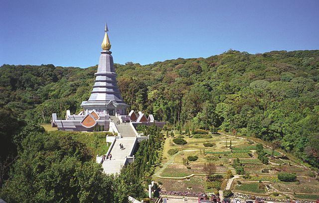 Doi Inthanon, dans la province de Chiang Mai, est généralement le point le plus froid de Thaïlande en hiver