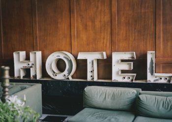 Un ressortissant danois a été arrêté pour avoir mis en ligne un faux site de réservation d'hôtels