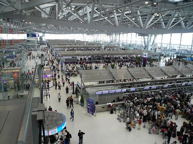 Une famille originaire du Zimbabwe est coincée dans l'aéroport Suvarnabhumi de Bangkok depuis deux mois