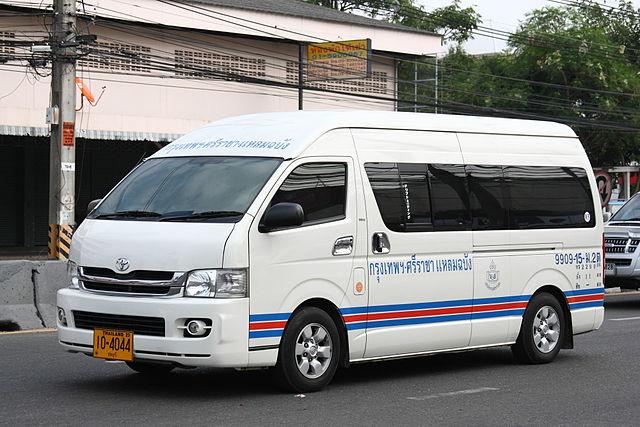 La plupart des accidents de la route survenus en Thaïlande cette année, et impliquant des transports publics, concernaient des minibus
