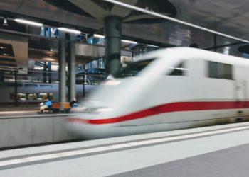 Les Ambitions du TGV Bangkok-Chiang Mai Revues à la Baisse