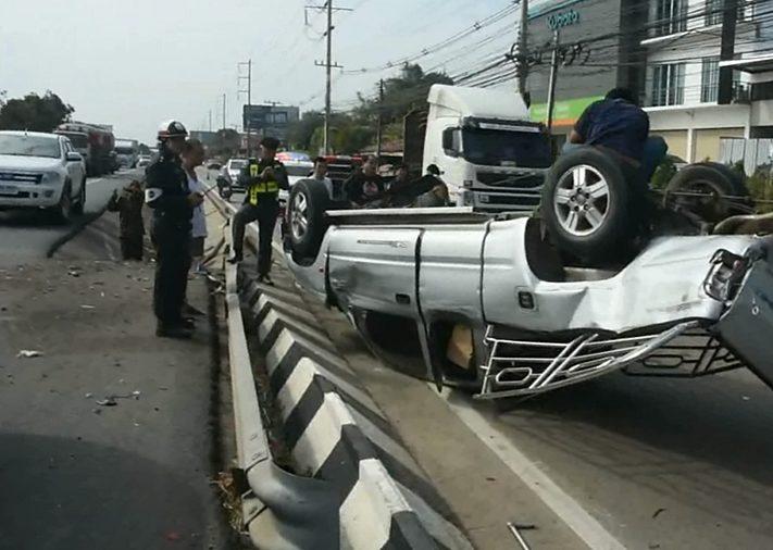 423 personnes sont décédées sur les routes thaïlandaises pendant les sept jours des vacances du Nouvel An