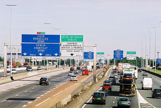Le Premier ministre français a annoncé une série de mesures pour tenter d'améliorer la sécurité sur les routes du pays