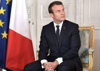 Macron reçoit 140 dirigeants d'entreprises étrangères à Versailles