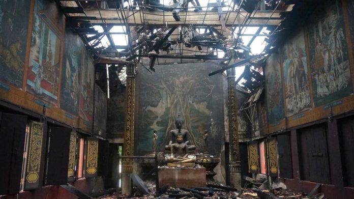 Un incendie s'est déclaré dans un temple près de Chiang Mai pendant la nuit du Nouvel An