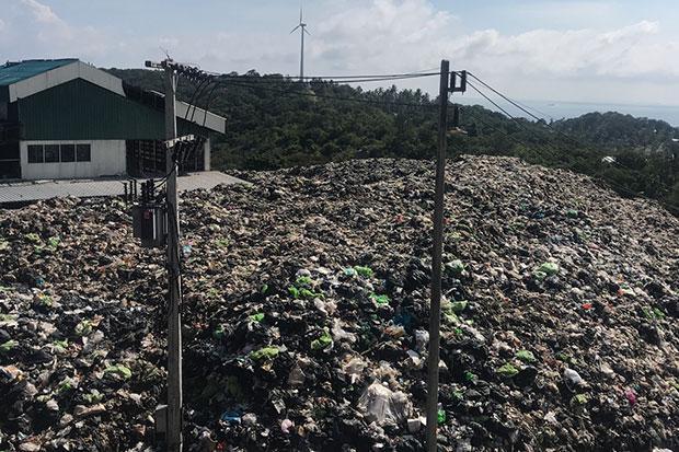 L'importante quantité de déchets qui pollue l'île touristique de Koh Tao sera bientôt nettoyée