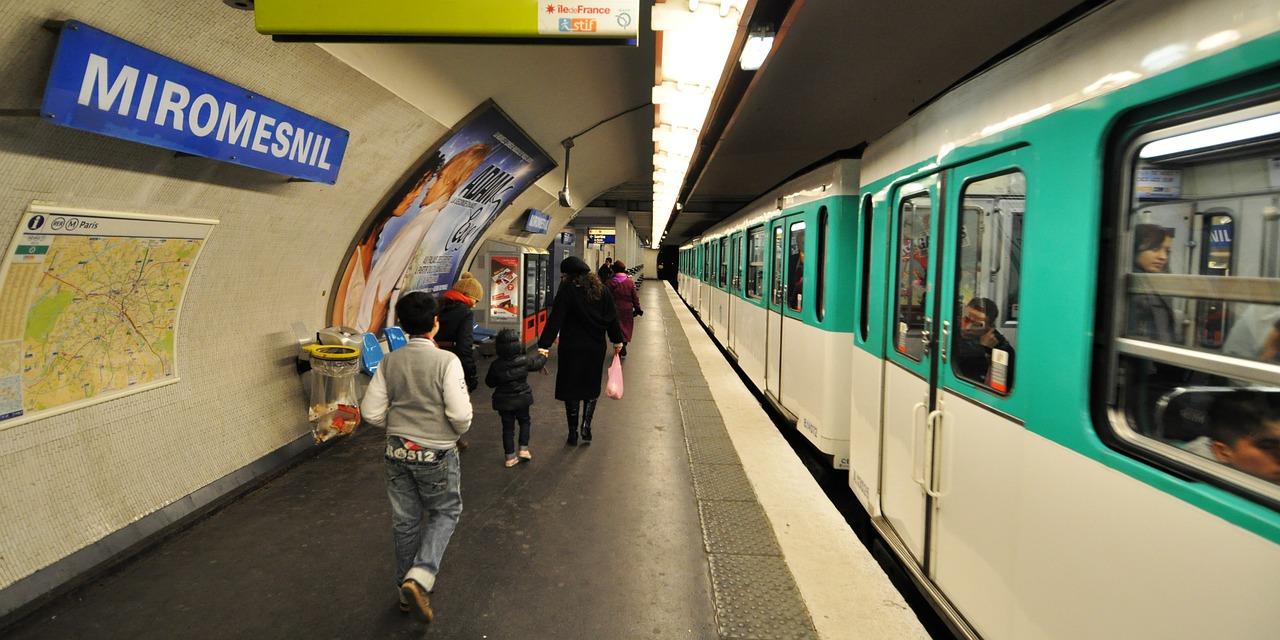 L'association et le syndicat ont dénoncé l'insécurité qui règne dans le métro parisien