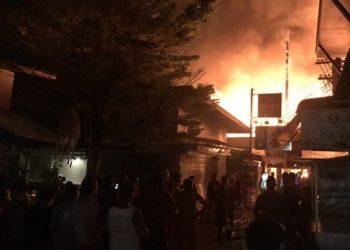 Koh Phi Phi : des touristes évacués et au moins 3 blessés après un incendie