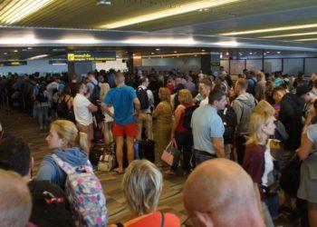 """Phuket : """"la pagaille est terminée"""", déclare la direction de l'aéroport"""