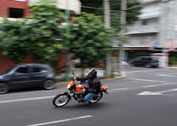 Bangkok : 90 arrestations et 74 motos saisies après des courses de rue