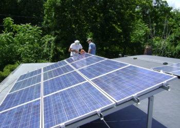 L'achat de l'énergie des panneaux solaires bientôt libéralisé