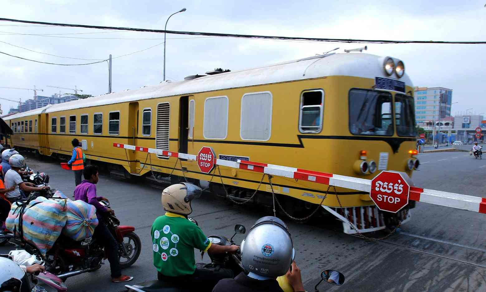 Une voie ferrée permettant de relier la Thaïlande et le Cambodge va rouvrir après 45 ans