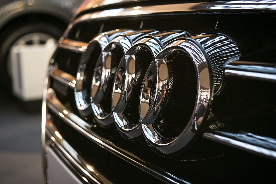 Le constructeur allemand Audi a rappelé 60 000 véhicules mardi après un problème de logiciel