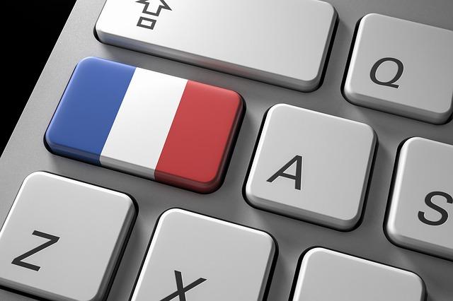 Le propriétaire de France.com a engagé une action en justice contre le gouvernement français après la saisie de son site internet