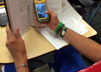 L'Assemblée nationale vote l'interdiction des portables dans les écoles