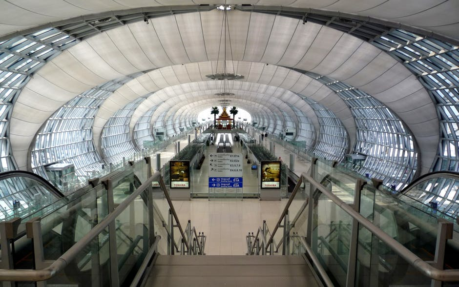 Un budget de 42 milliards de bahts a récemment été approuvé pour la construction d'un deuxième terminal à l'aéroport international Suvarnabhumi de Bangkok