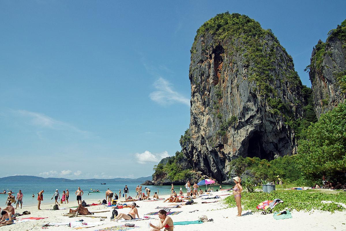 La plage de Phra Nang Beach, dans la province de Krabi