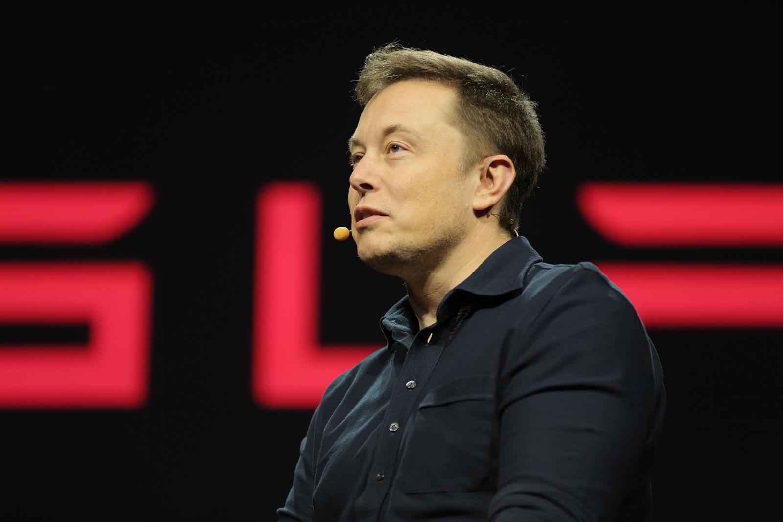 L'entrepreneur Elon Musk a proposé son aide aux autorités thaïlandaises et envoyé une équipe vers la grotte de Tham Luang afin d'aider aux opérations de secours