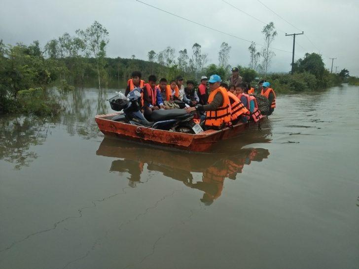 Des inondations touchent toujours le nord et le nord-est de la Thaïlande