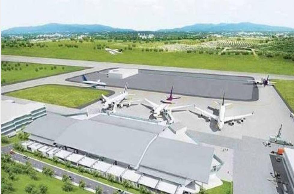 Des investisseurs français ont visité la province de Chonburi en vue de la construction d'un centre de maintenance aéronautique