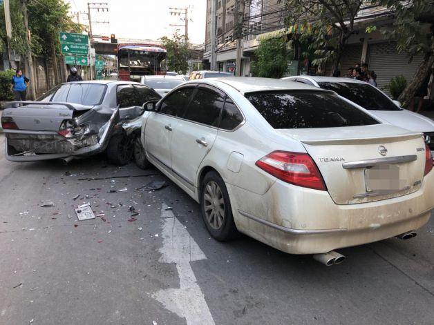 Selon un rapport de la Banque mondiale, le PIB de la Thaïlande pourrait augmenter de 22 % si les routes du pays étaient plus sûres