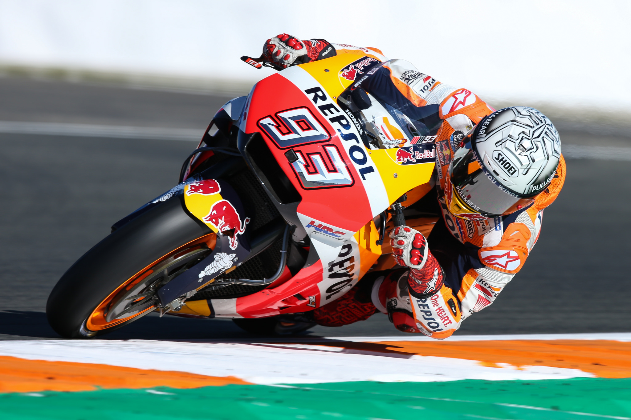 L'Espagnol Marc Marquez s'est imposé lors du premier Grand Prix MotoGP de Thaïlande, qui s'est tenu dimanche à Buriram