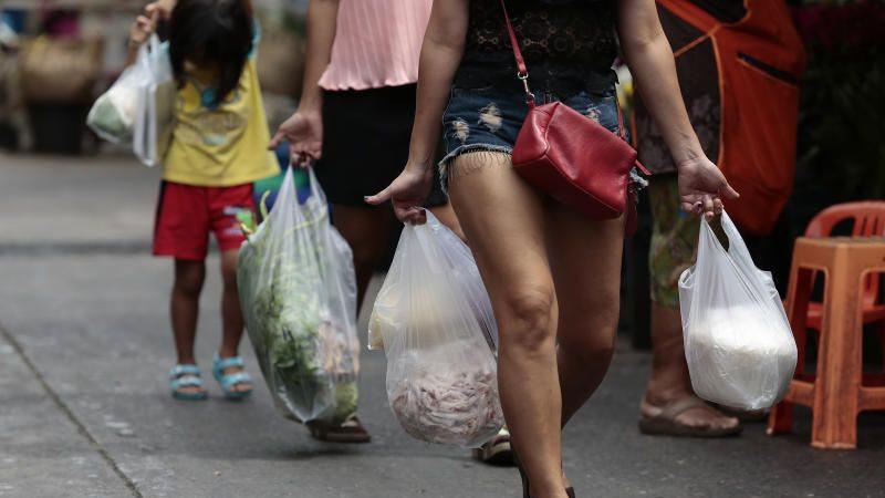 Les autorités thaïlandaises pourraient instaurer une taxe sur les sacs plastiques