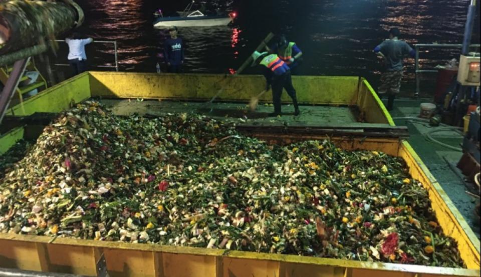Un peu plus de 840 000 krathongs ont été récupérés sur les différents canaux de Bangkok après le festival de Loy Krathong
