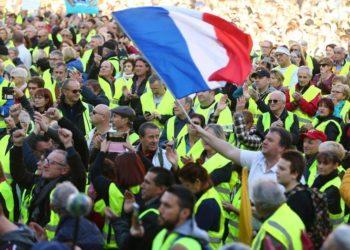 Gilets jaunes : rencontre avec le Premier ministre avant la manifestation des Champs-Elysées