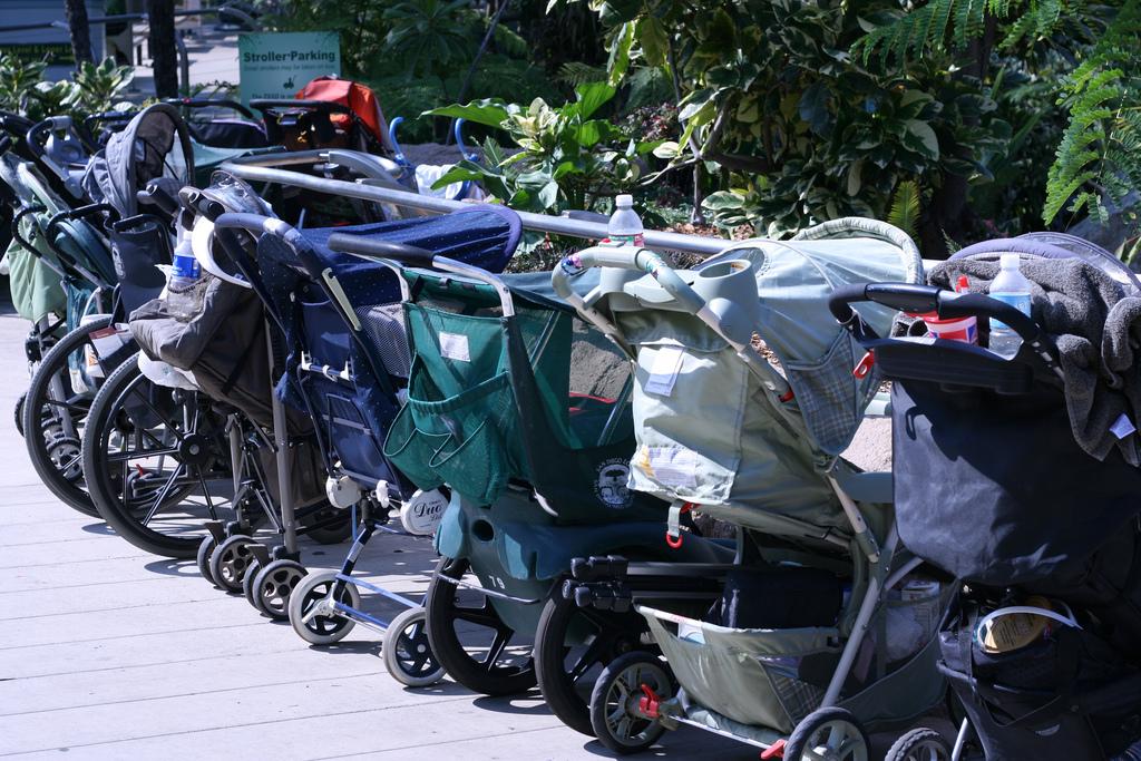 Face au vieillissement de la population, les autorités thaïlandaises doivent prendre des mesures pour relancer la natalité