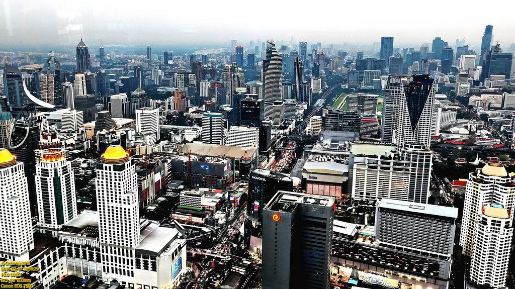 Les économistes estiment que la confiance des investisseurs devrait s'améliorer avec la levée des restrictions politiques en Thaïlande