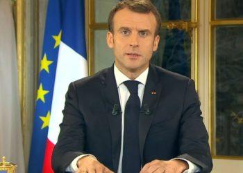 Gilets jaunes : Macron annonce 4 mesures pour tenter de calmer la situation