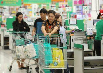 Thaïlande : la grande distribution veut réduire l'utilisation des sacs plastiques