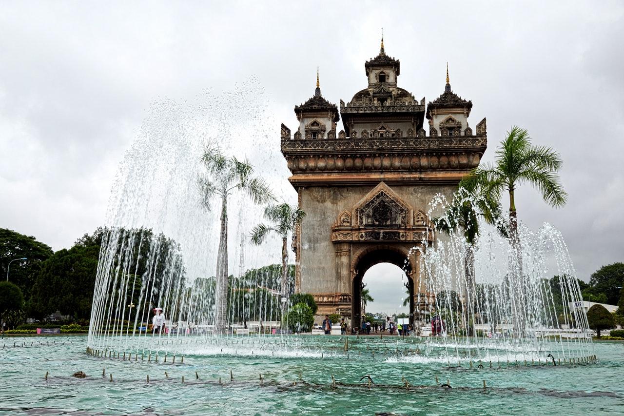 Les professionnels du tourisme au Laos ont organisé une rencontre avec leurs homologues chinois afin de renforcer leurs liens