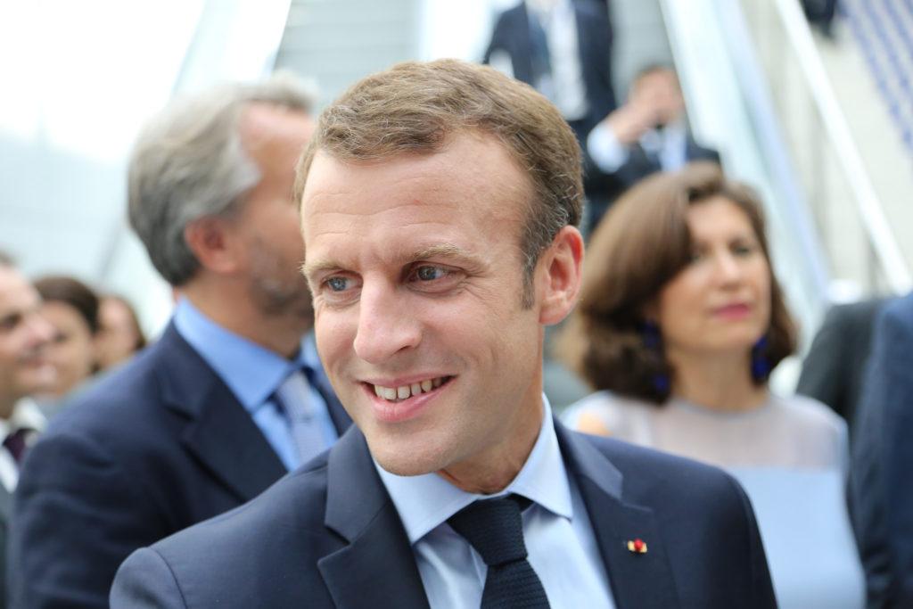 La cote de popularité de Macron en hausse