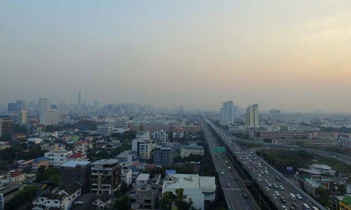 La pollution de l'air à Bangkok pourrait coûter 6 milliards de bahts à l'économie