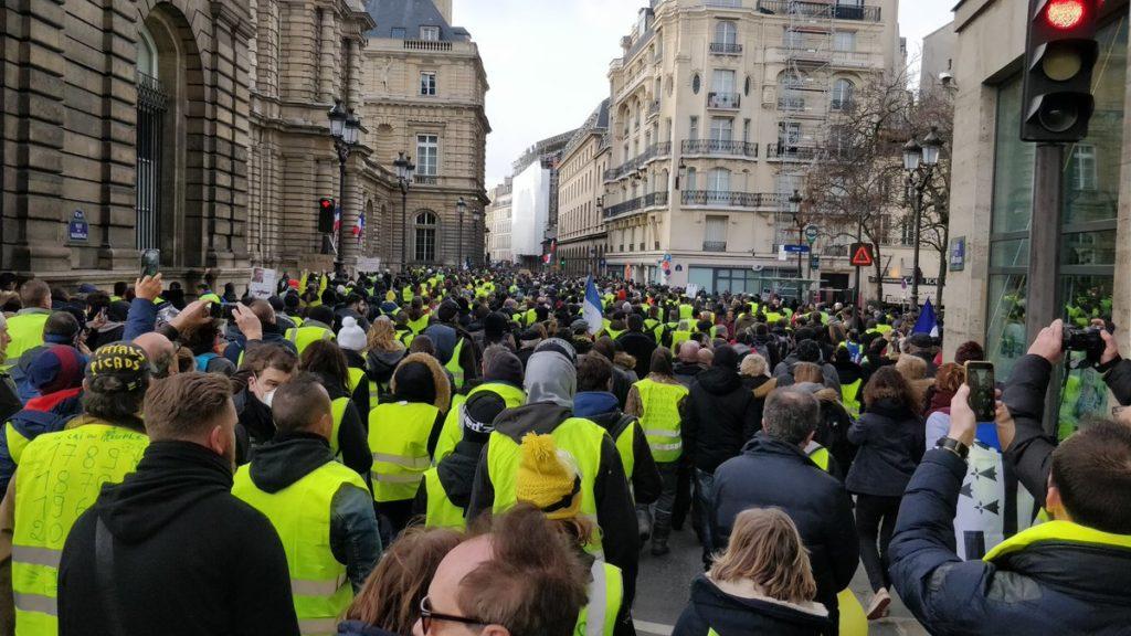 """Gilets jaunes : un """"Acte XIII"""" sous tension à travers la France"""