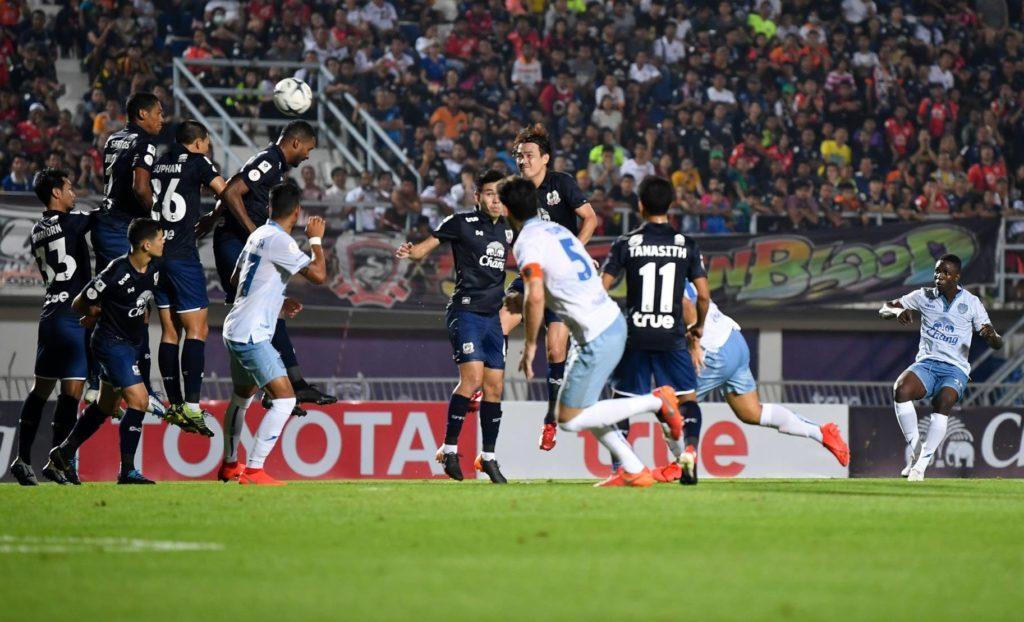 Buriram United et Muangthong United confirment leurs débuts difficiles en Thai League 1