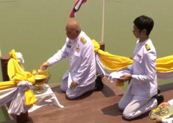 La Thaïlande collecte des eaux sacrées pour le couronnement du Roi