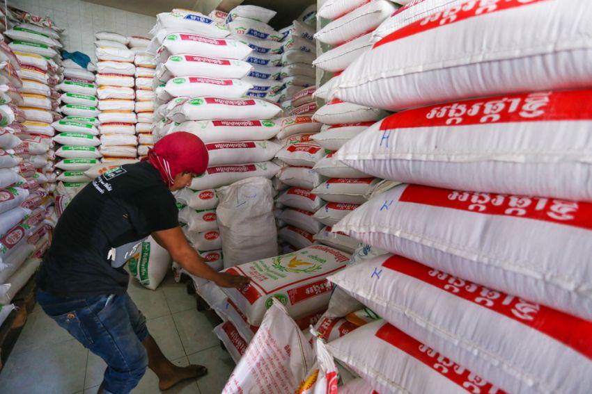 Le Cambodge espère une hausse de 6 % de ses exportations de riz cette année