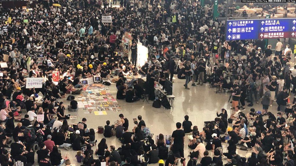 En pleine crise politique, les touristes thaïlandais évitent Hong Kong