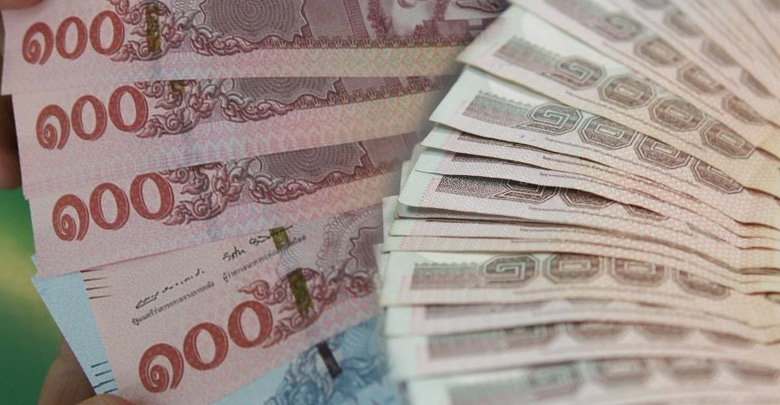 Private sector calls for new measures to contain the Thai baht