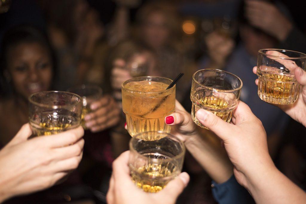 Les bars et boîtes de Pattaya et Bangkok pourraient bientôt ouvrir jusqu'à 4 heures du matin