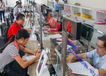 Le Cambodge et le Vietnam repoussent l'âge de départ à la retraite des fonctionnaires