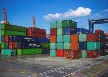 Les exportations de la Thaïlande augmentent de 2,1 % en avril grâce au secteur agricole et à l'or