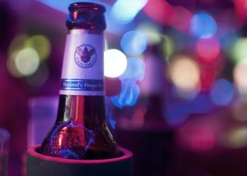 La Thaïlande veut interdire la vente d'alcool en ligne pour enrayer la consommation chez les mineurs