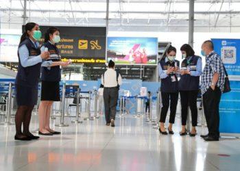 L'aéroport Suvarnabhumi de Bangkok se réveille petit à petit