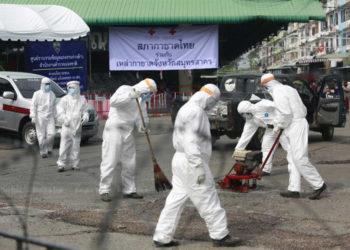 Covid-19 en Thaïlande : le gouvernement durcit les règles de l'état d'urgence