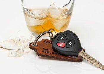 L'alcool au volant, principal responsable des infractions au code de la route pendant les fêtes de fin d'année en Thaïlande